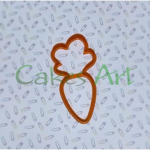 Вырубка для пряников: Морковка большая 002