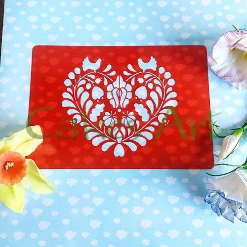 Трафарет для торта и пряников: Птички в сердце 002