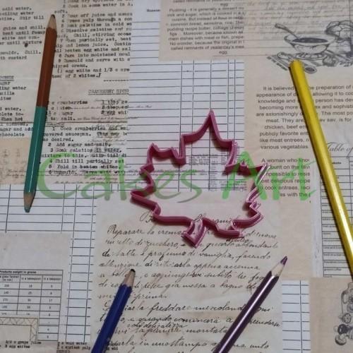Вырубка для пряников: Кленовый лист новый 001