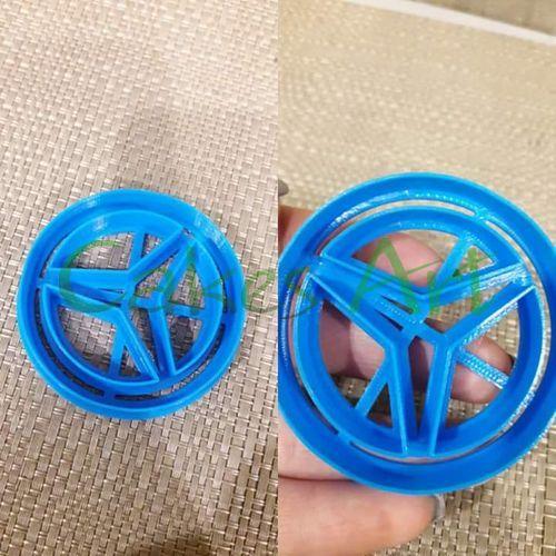 Вырубка для пряников: Значек мерседес