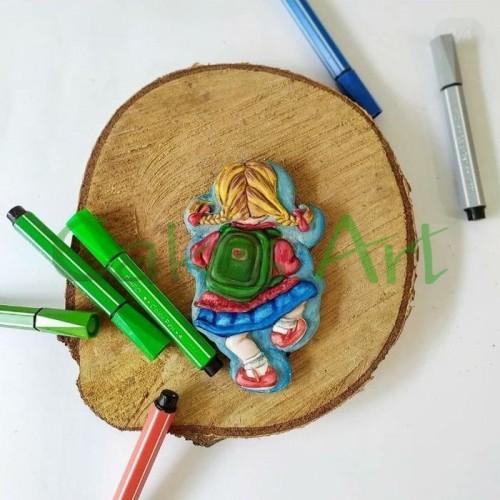 Набор для пряников вырубка + трафарет: Девочка с рюкзаком